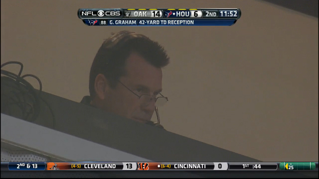 Coach Kubiak is unimpressed by your antics Keenum....